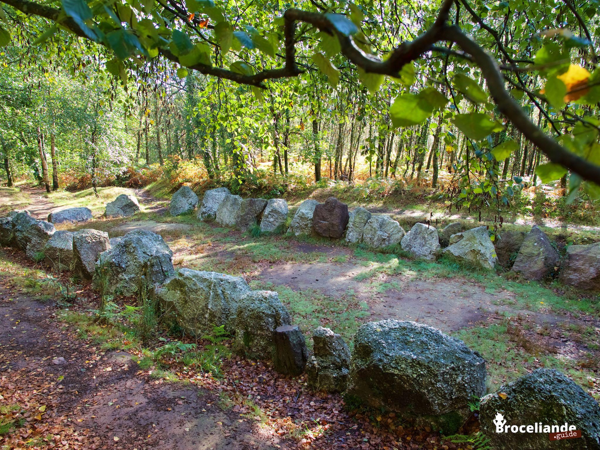 Le jardin aux moines broc liande for Le jardin aux epilobes
