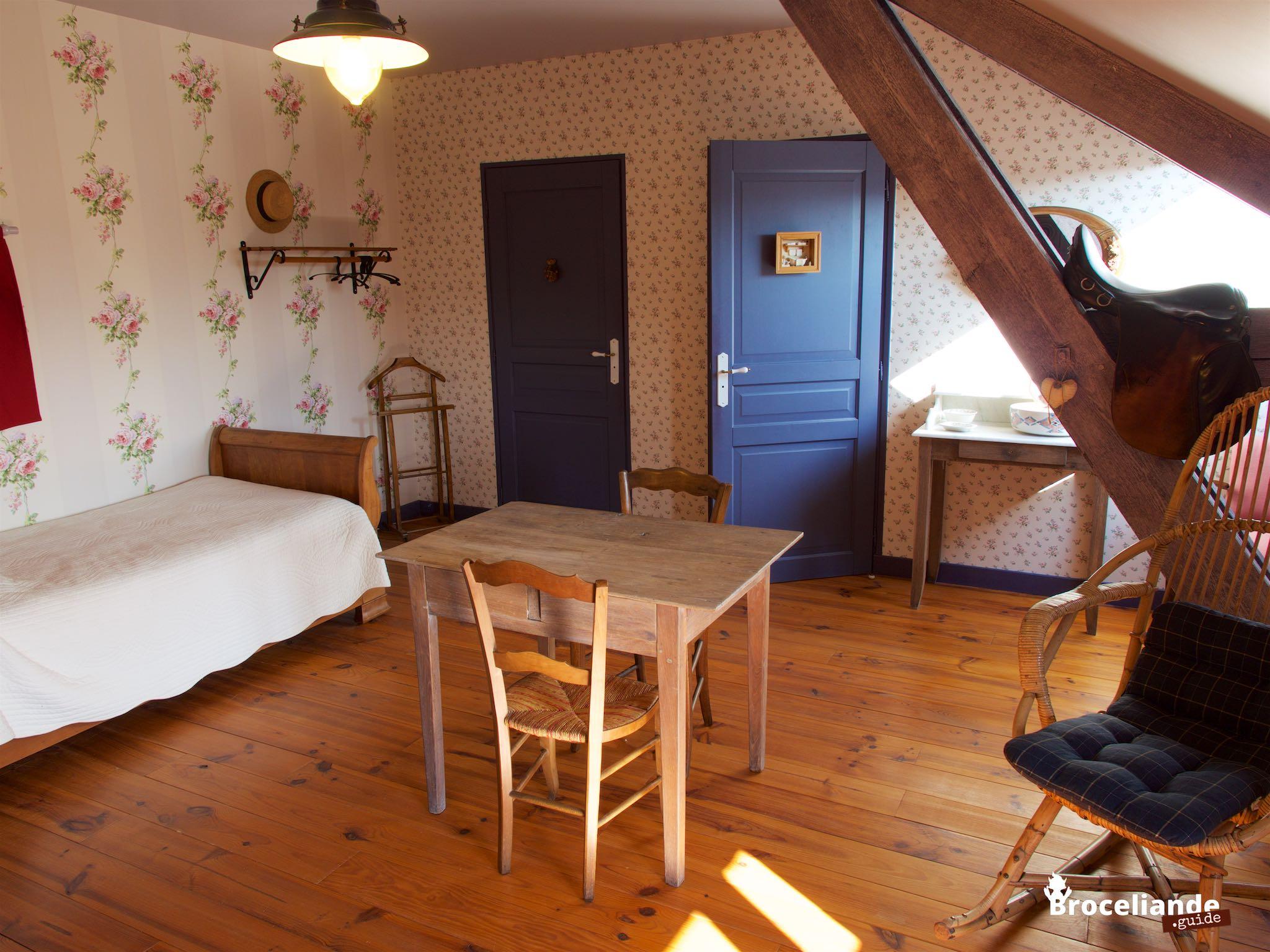 Chambre Ernestine   Le Grenier Du0027Ernestine